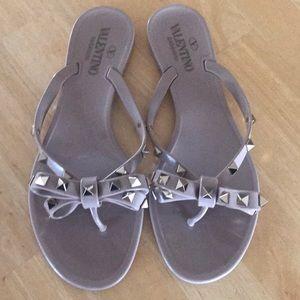 Authentic Valentino Garavani rockstud Sandals